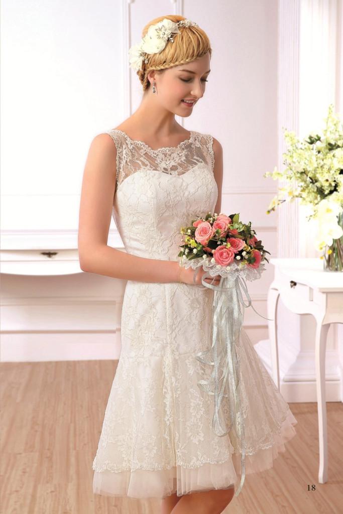 Ungewöhnlich Hochzeitskleid Für Kurze Braut Fotos - Brautkleider ...